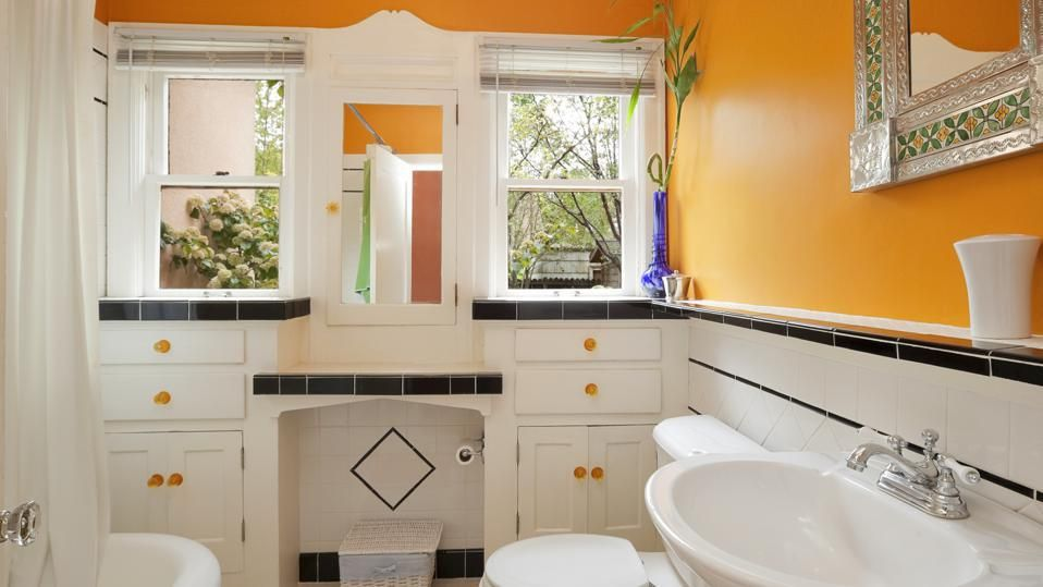 What S The Best Type Of Paint For Bathrooms In 2021 Bathroom Color Schemes Painting Bathroom Bathroom Paint Colors