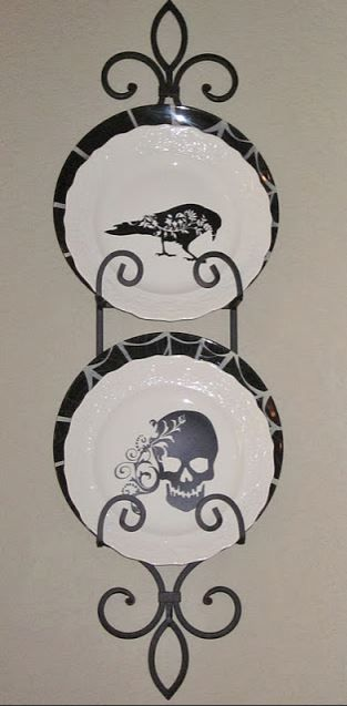 Spooky plates in a wrought iron plate hanger! & Spooky plates in a wrought iron plate hanger! | Plate Displays ...