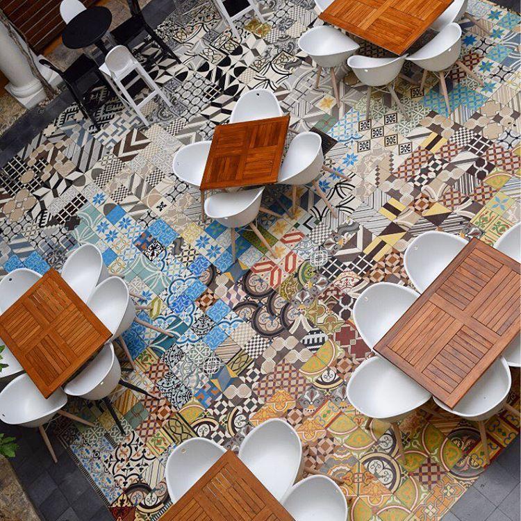 Motif Keramik Lantai Ruang Tamu Unik