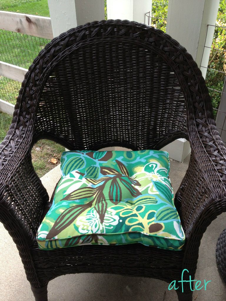 Wicker Chair Makeover- my chairs will be this color once the weather breaks!