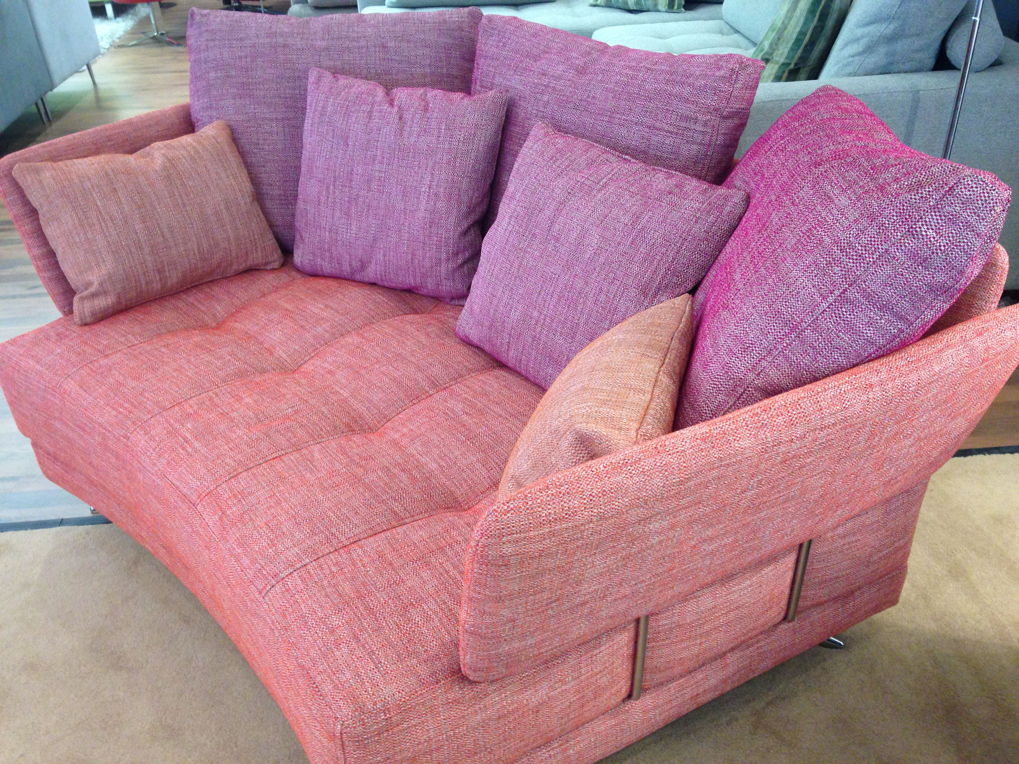 New Model For Summer 2016 This Is A Shaped Snuggler Small Sofa Measuring 188 Cm At The Back 152 Cm At The Front We Used Customised Sofa Small Sofa Sofa