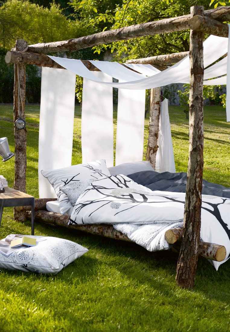Nice outdoor bed frame and textiles hanging beds comfy for Nice bed frames