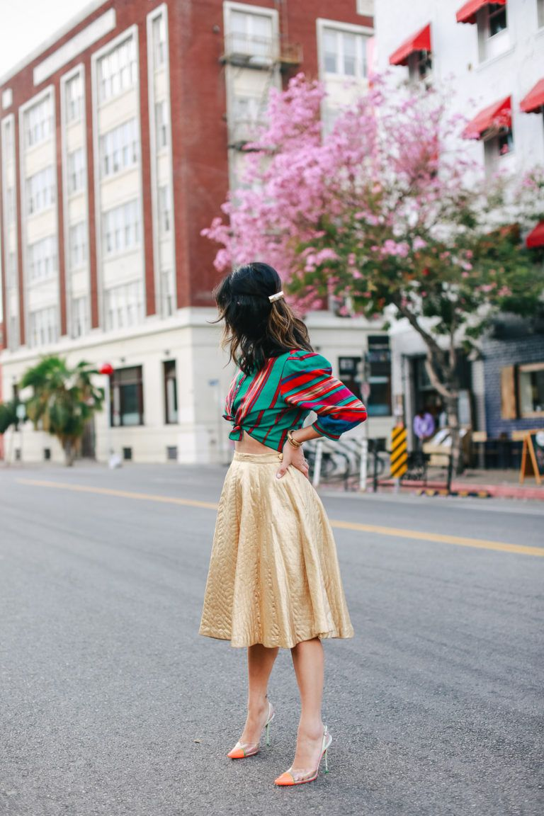 A Vintage Splendor Styles A Vintage Gold Skirt Outfit Ideas Gold Skirt Outfit Gold Tops Outfit Gold Skirt