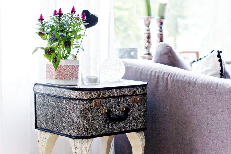 relooker un meuble en bois sculpté  table d\u0027appoint surmontée d\u0027une