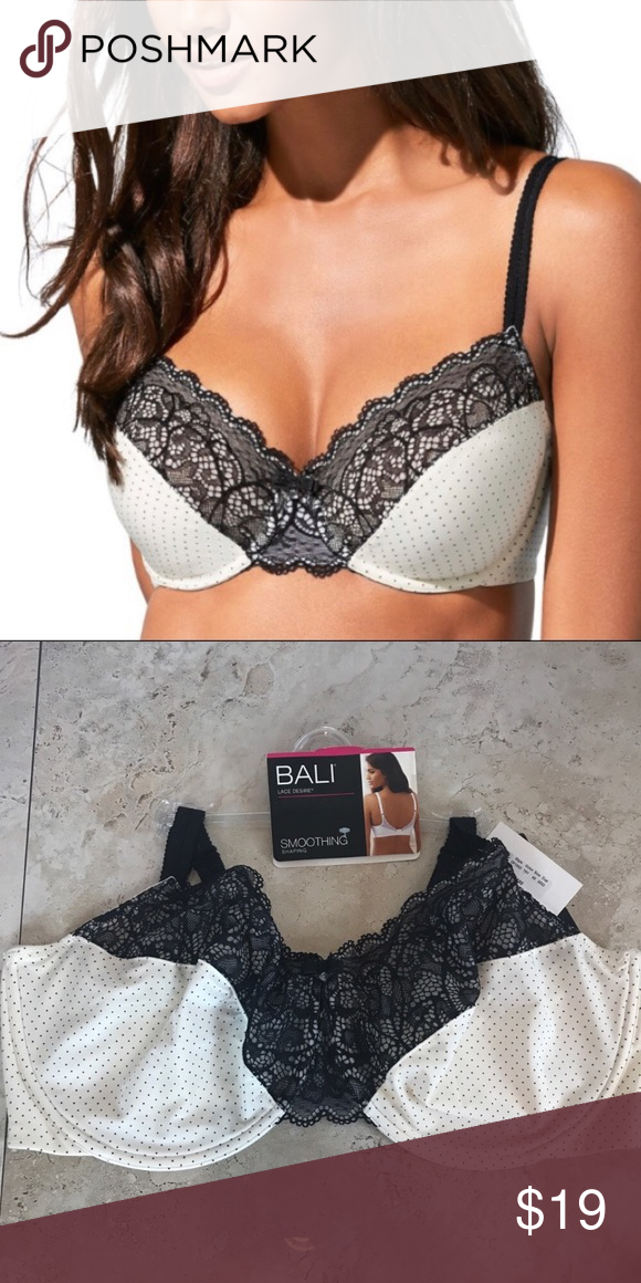 ddcb2b94f17 Bali Smoothing Bra size 42C New with tags- size 42C • Comfort-U design for  stay-in-place straps • Full-coverage fit • 2 hook-and-eye back closure ...