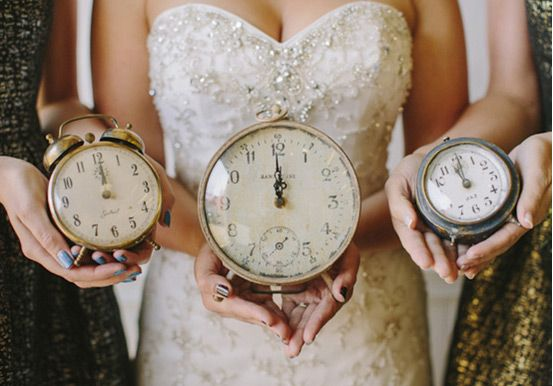 11 Simply Stylish New Year S Eve Wedding Ideas