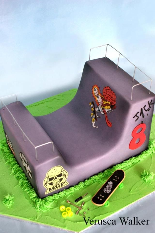 Skate Ramp Cake Ideas