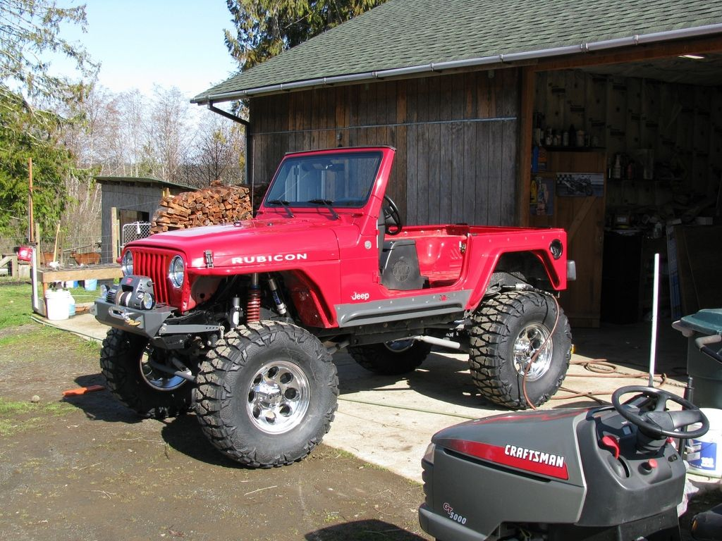 What Your Jeep Says About You It S Stripped Down To The Roll