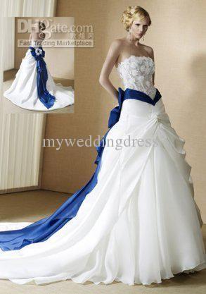 Superbe Unique Details Wedding Dresses 2012 With Blue Color Accents By Radiosa