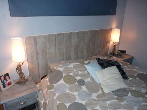 t te de lit en parquet zodio chambre pinterest. Black Bedroom Furniture Sets. Home Design Ideas