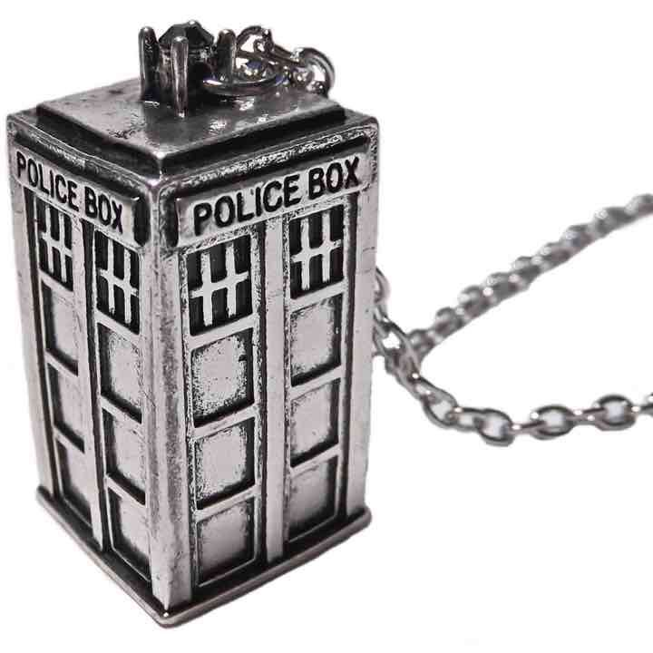 Doctor Who tardis ne… ($10) is on sale on Mercari, check it out! https://item.mercari.com/gl/m852036518