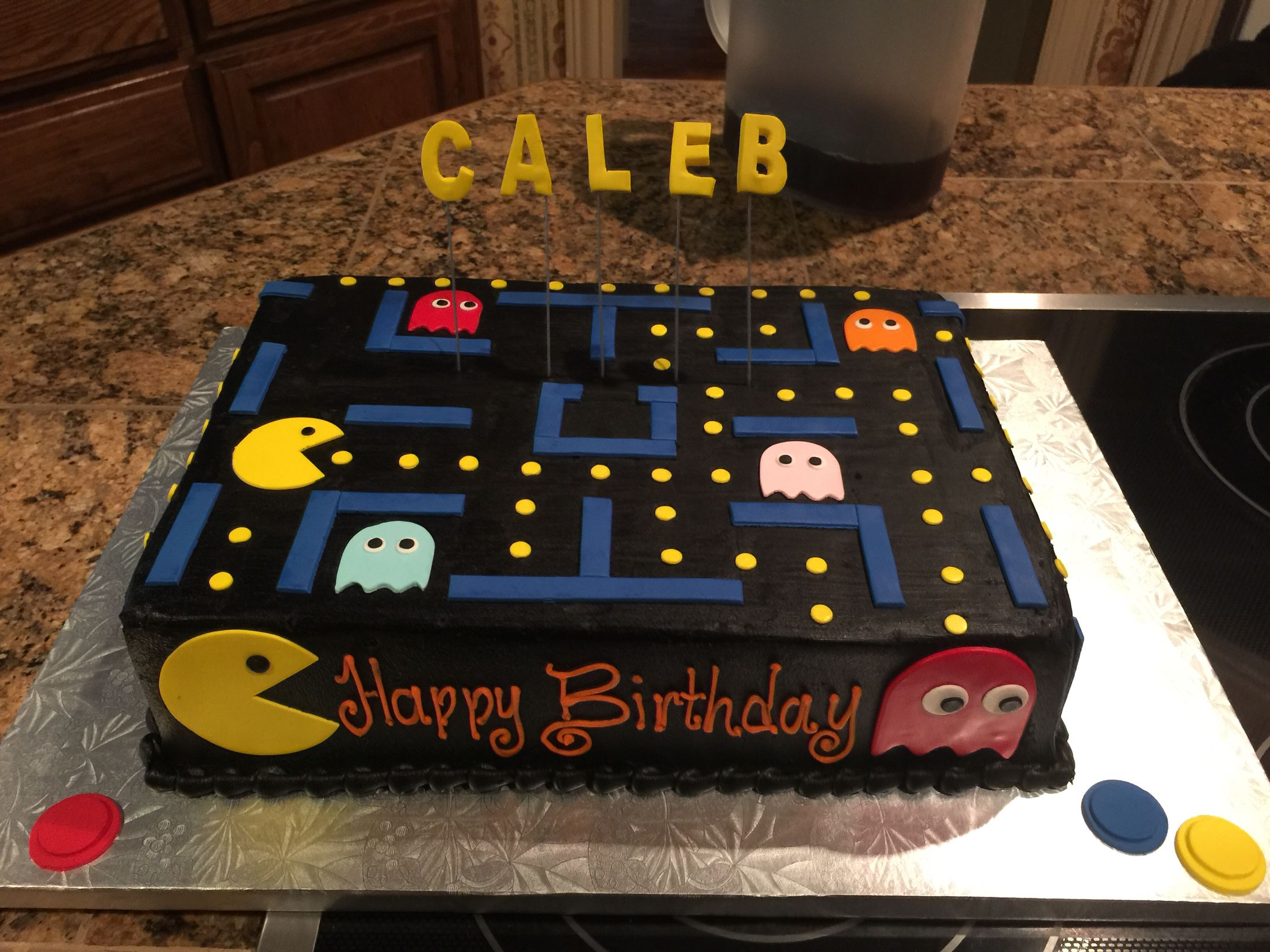 Pacman Cake Video Game Birthday Party Ideas Pinterest - Video game birthday cake