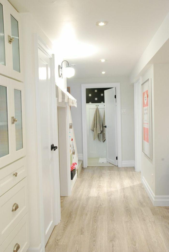 astuces comment choisir une couleur pour agrandir une pi ce d co chambre sous sol plancher. Black Bedroom Furniture Sets. Home Design Ideas