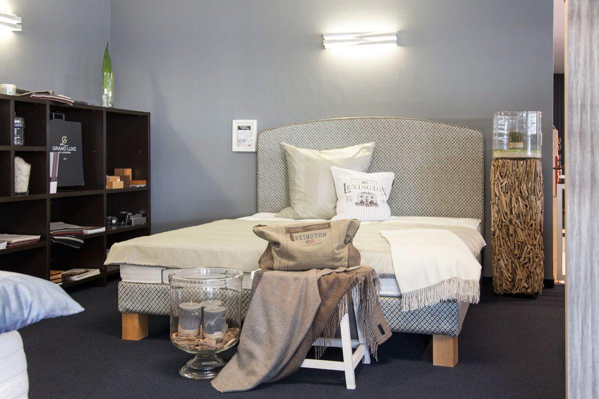 Schones Bett Bei Betten Huntenburg In Hamburg Zimmer Bett Schlafzimmer Ideen