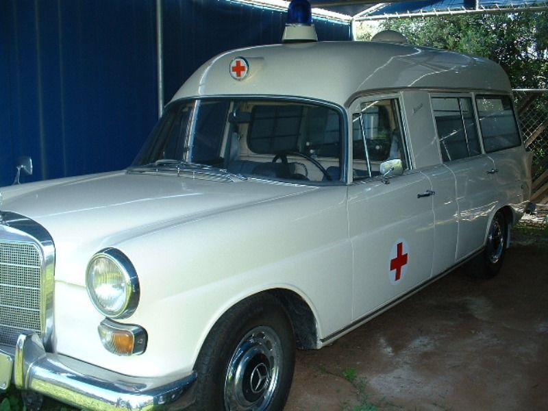 vintage ambulances from the collection of Kenneth Burdyny ...
