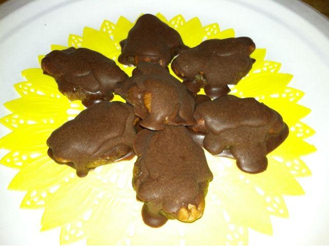 Fun with Paleo: Paleo Chocolate Turtles