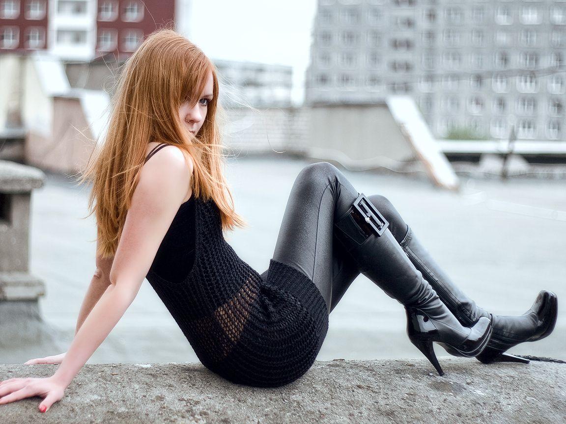 Mind blowing babe heel redhead damn