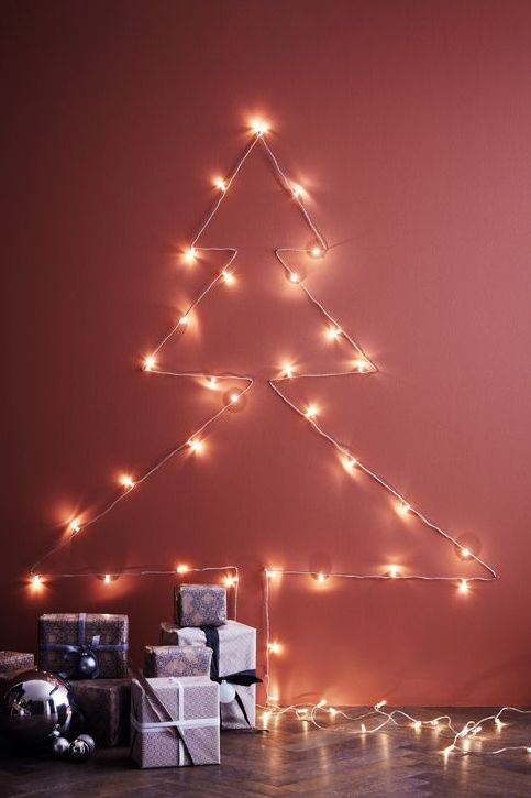 DIY winterliche Wanddekoration, Tannenbaum aus LED-Lichterkette