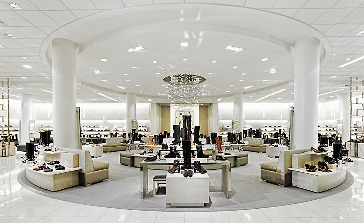 Macys oakbrook womens shoe department oakbrook a r e for Interior design department