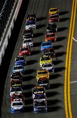 The Nascar Show A Recap Of Phoenix An L A Street Race Nascar News And Discussions As Well As The Odds Nascar News Racing Nascar