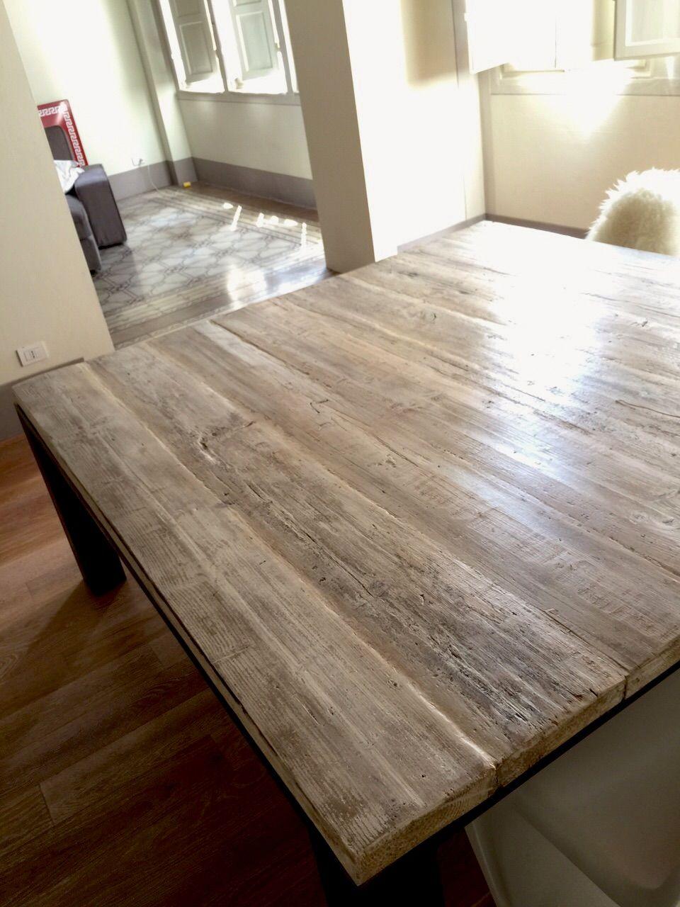 Tavolo industriale creato con longherine in ferro grezzo for Tavole da pranzo