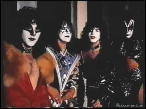 Kiss Hosting Countdown Australia Live From New York Eric
