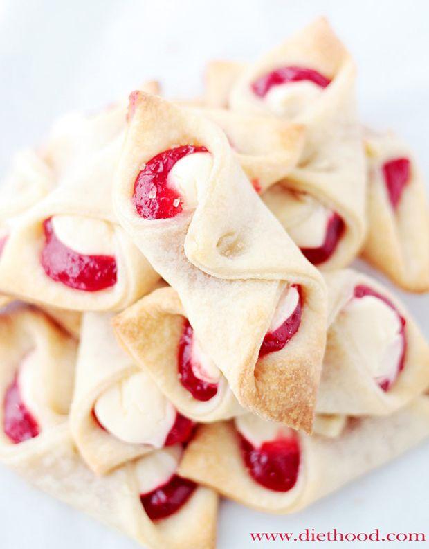 Strawberry-Cream-Cheese-Pastries Recipe - RecipeChart.com #Dessert #Snack #Yummy