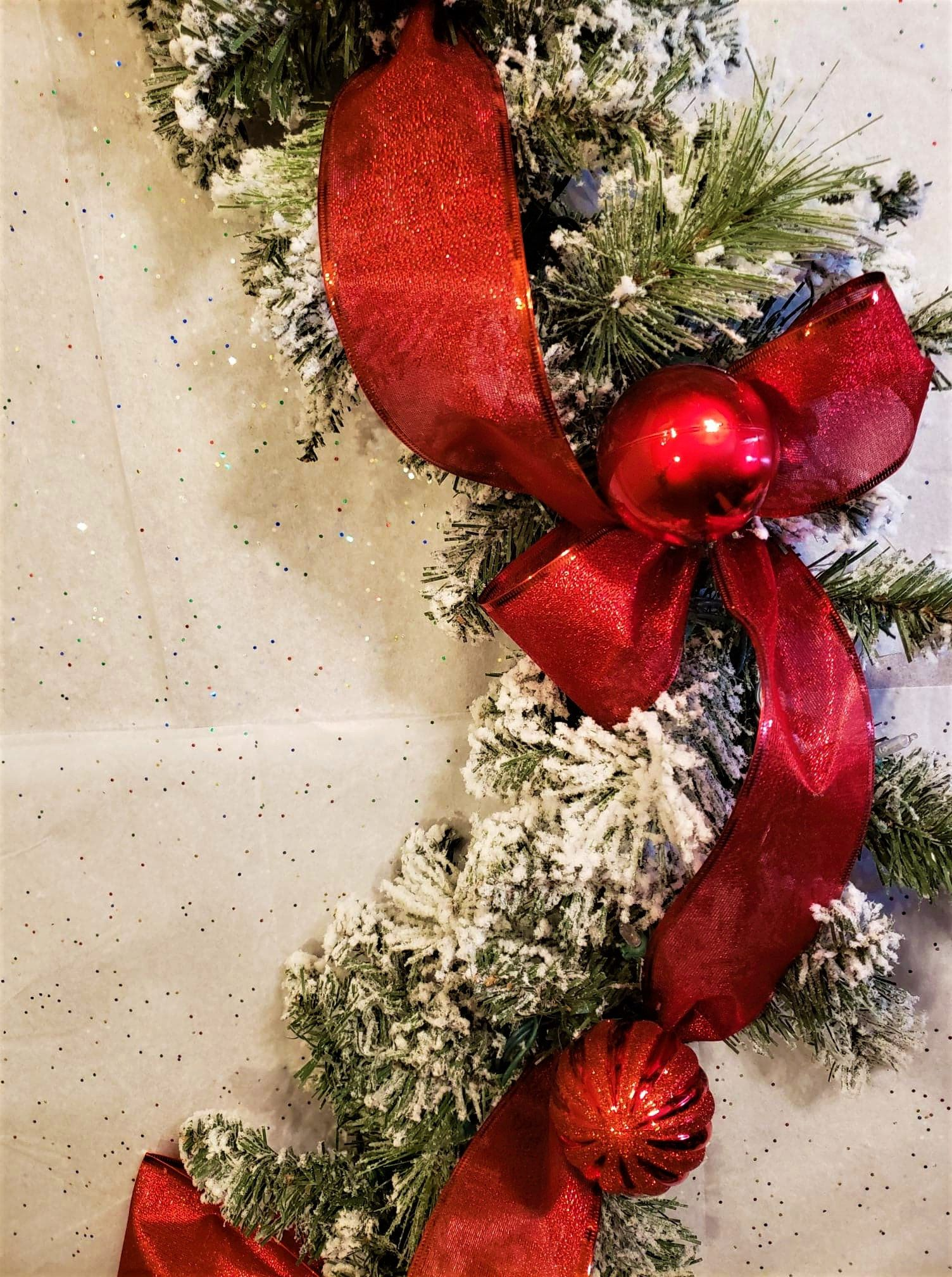 Pin By Cleanfoodcrush On I Christmas Christmas Mantel Decorations Christmas Fireplace Decor Christmas Garland