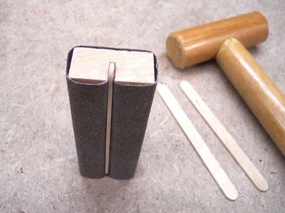 Handy Quick to Make Sanding Blocks / Pratiques blocs de ponçage rapidement réalisés #homemadetools