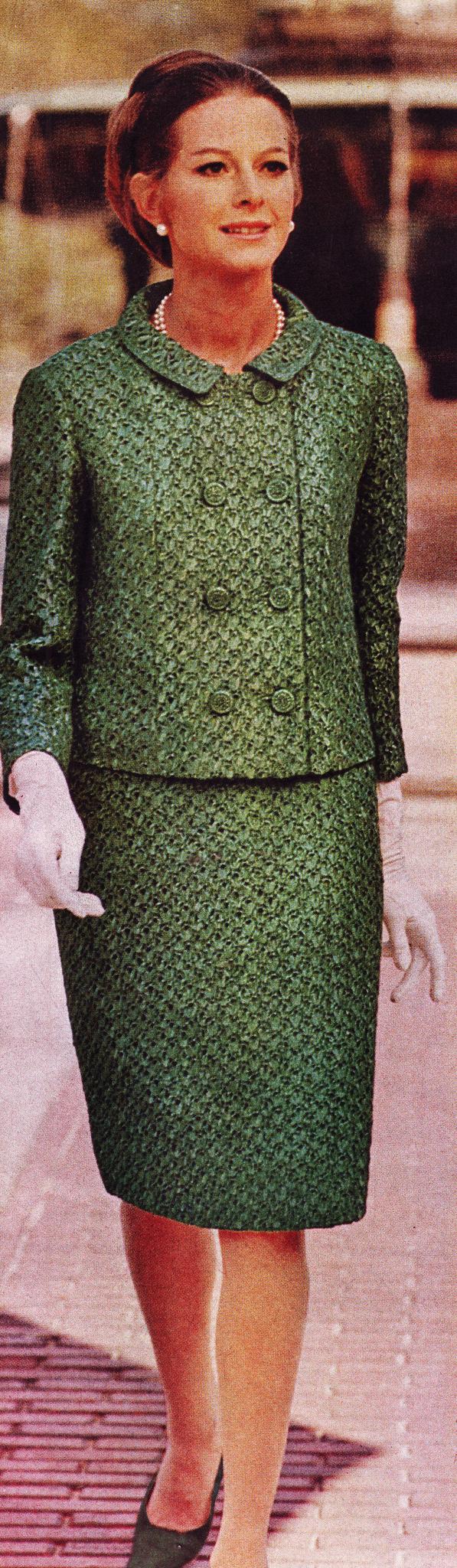 https://flic.kr/p/kL5ZYW   McCalls ss 70 green knitted