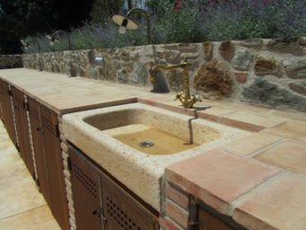 Stone Sink Part Of Outdoor Kitchen In Spain Garden Sink Outdoor Sinks Stone Sink