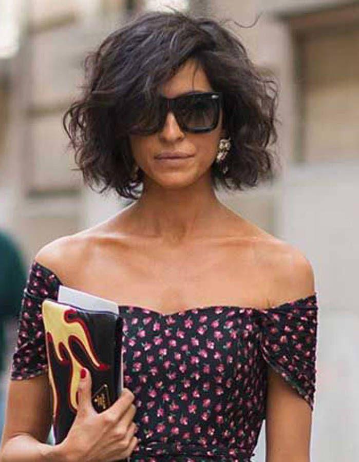 Un carré wavy très chic Tendances Coiffures, Coiffure Carré Court, Coiffure  Cheveux Courts Femme