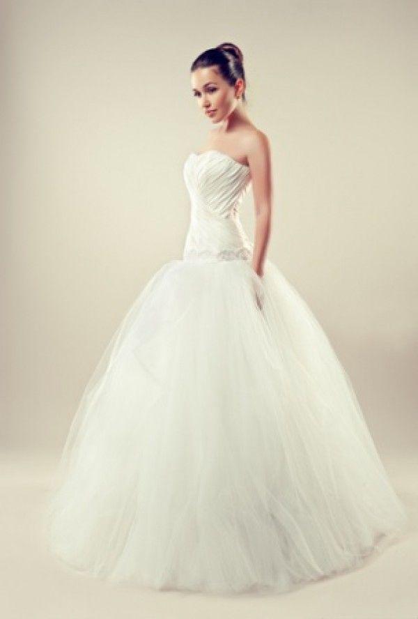extravagantní šaty svatební - Hledat Googlem Google 87cf8e2136