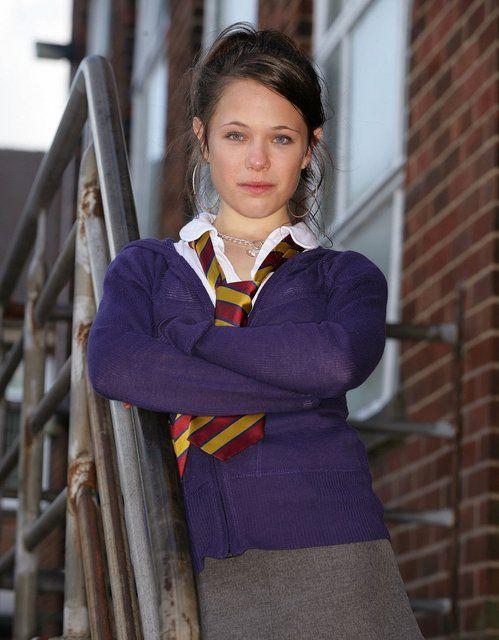 Ellie Paskell As Maxine Barlow In Waterloo Road Waterloo Road Waterloo School Girl