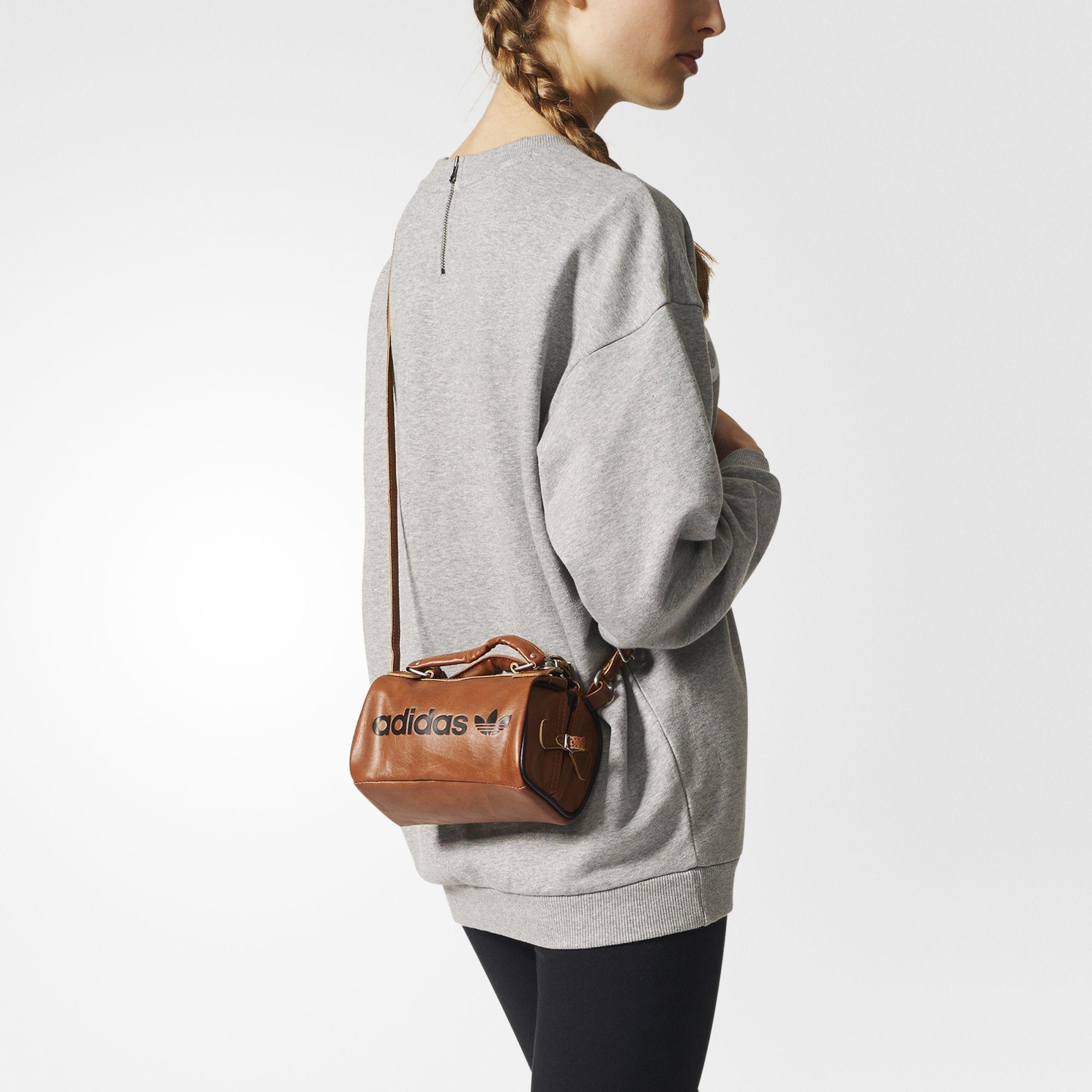 34d2310d093 adidas - Torba Spezial Archive Bag Adidas Bags, Adidas Spezial, Yoga Bag,  Duffel