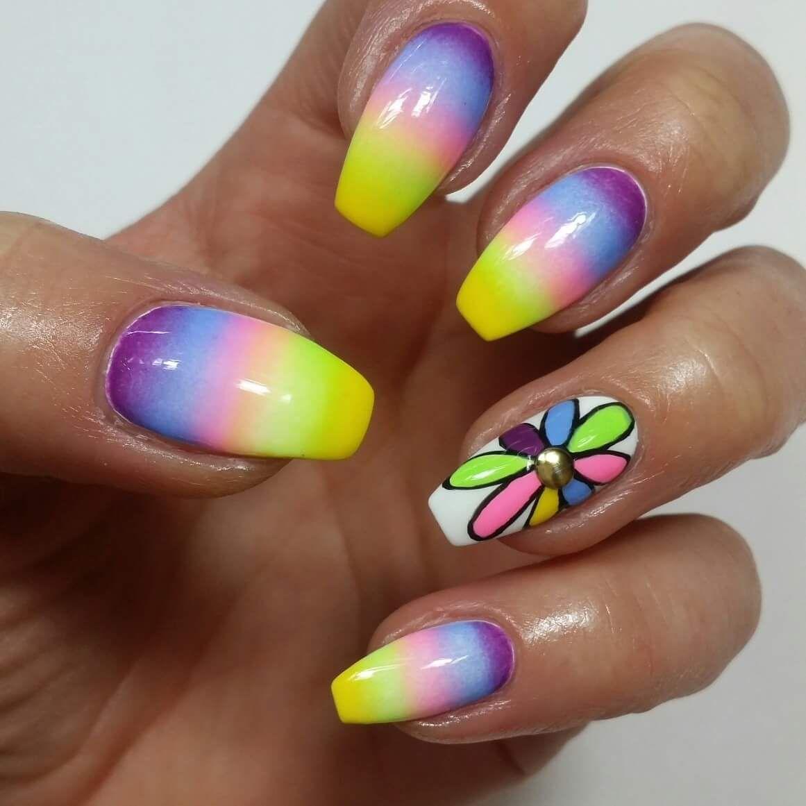 36 Easy and Elegant Flower Nail Art Design - Flower Nail