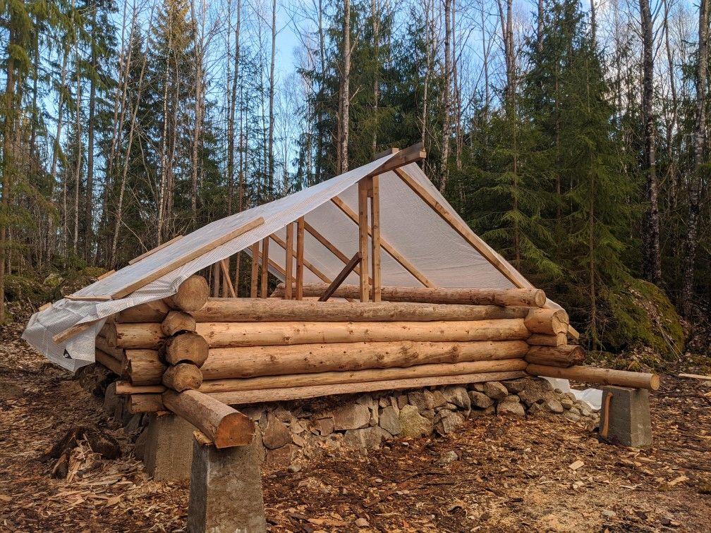 YouTube channel Erik Grankvist build log cabin by hand