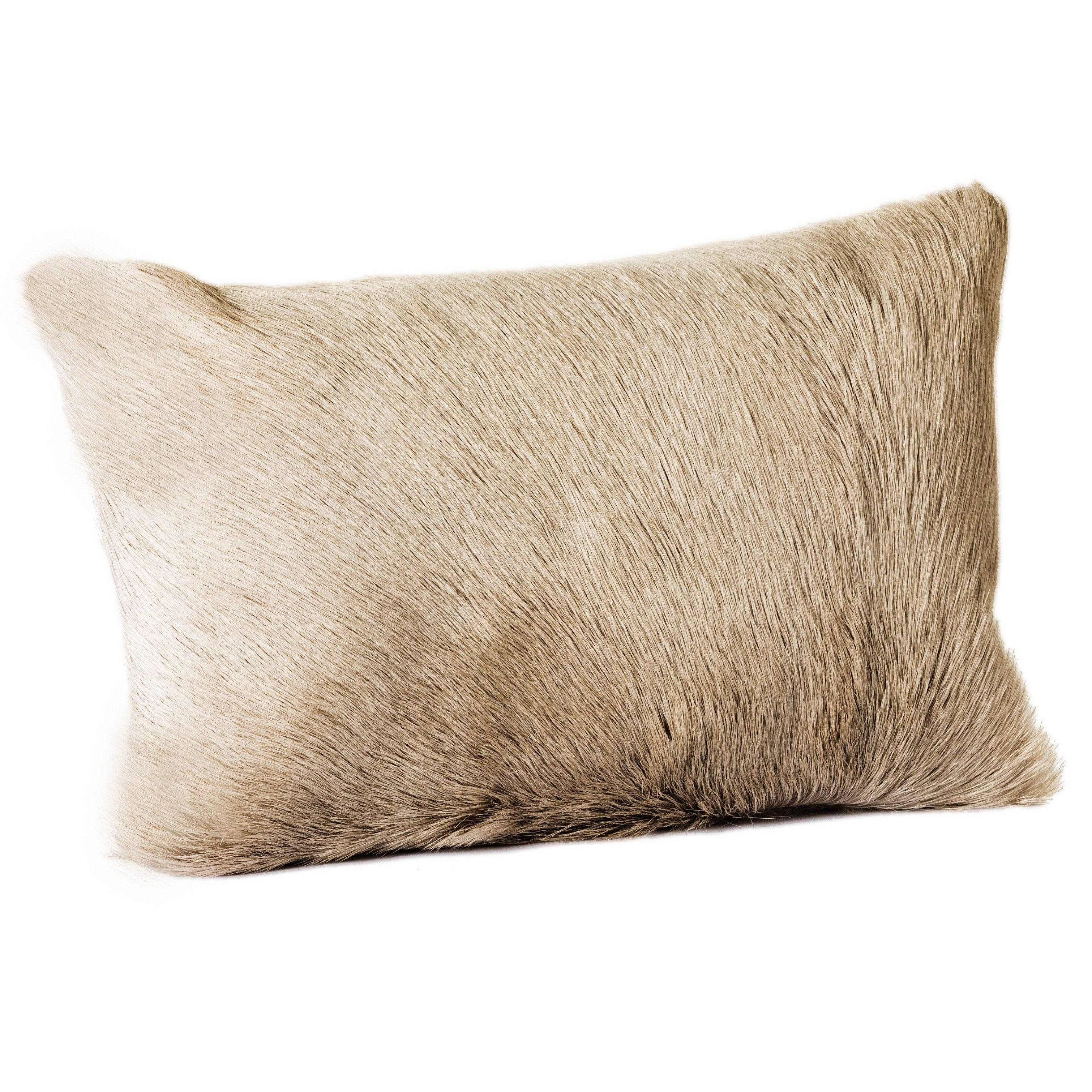 There is nothing softer than our Netro Pillow. It is cozy and sophisticated, while adding the right amount of texture to your pillow party.