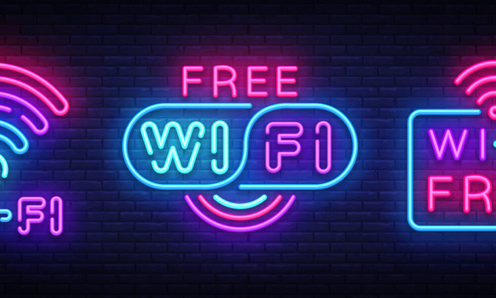 How to Get Free WiFi in Any Airport With These WiFi Hacks