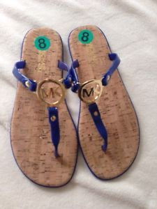 c8b539d03094 MICHAEL KORS Women s Charm Jelly Thong Flip-Flop Sandals Blue size 8