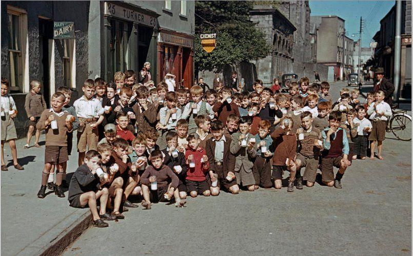 Kids Enjoying Summer Limerick 1950s Limerick Ireland Limerick Images Of Ireland