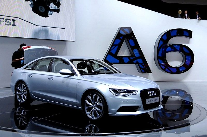 Audi A Amazing Luxury Sedan Httpwwwwoowcarsbiz - Audi car 2015 price