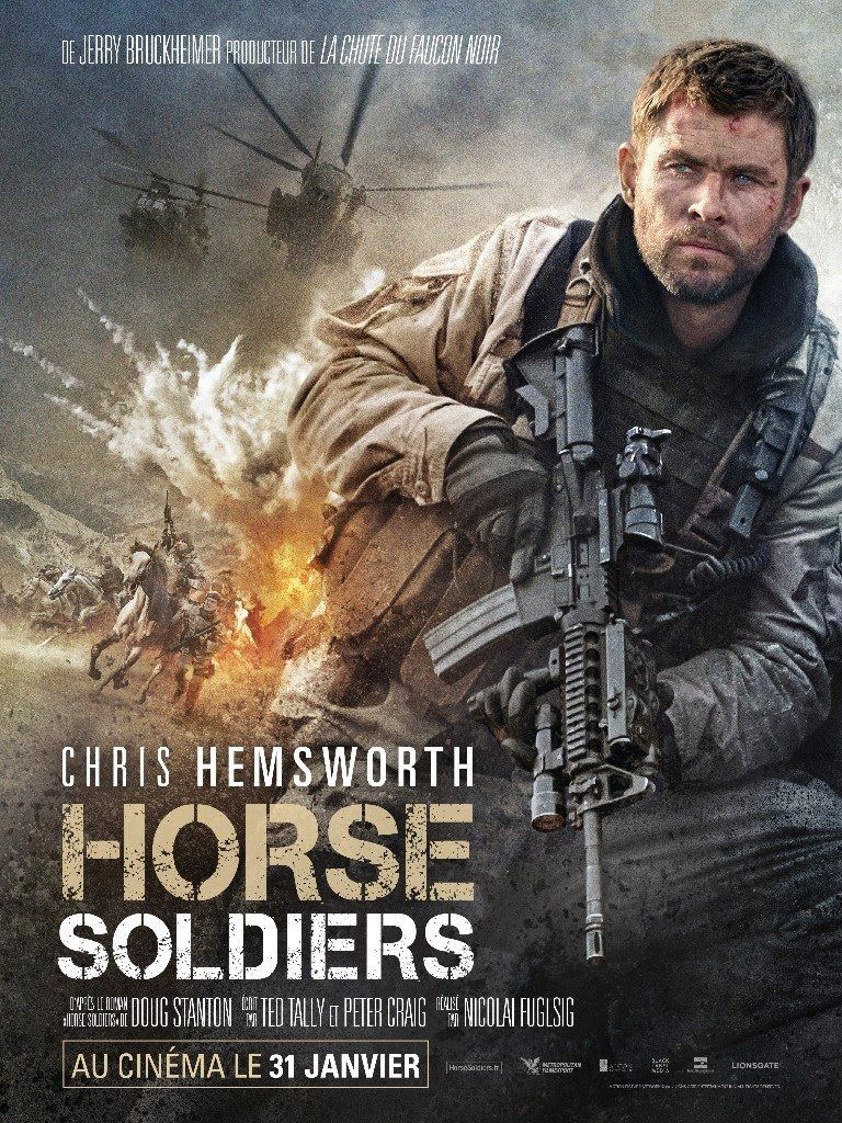 French Poster Of Movie 12 Strong Horse Soldiers With Chris