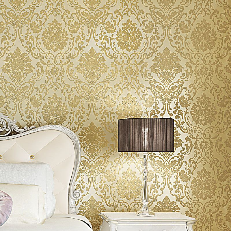 Pin by Driny on Adornments | Gold wall decor, Living room ...
