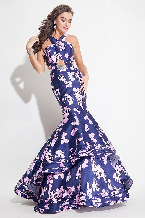 The 100 Coolest Dresses to Wear to Prom This Year
