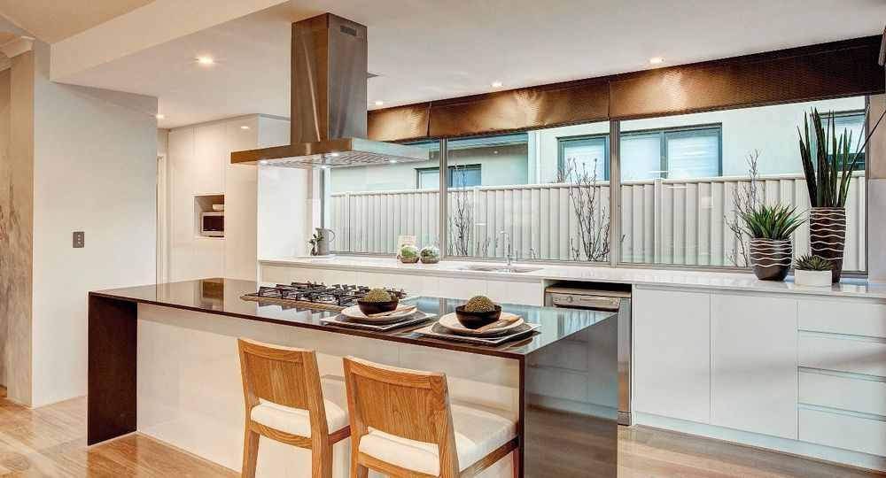 Pin by Niki Jones on house ideas Display homes, Summit