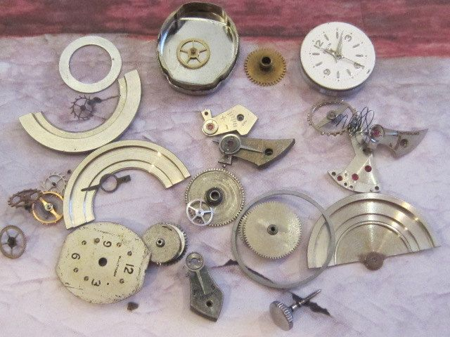Vintage WATCH PARTS gears - Steampunk parts - h92 Listing is for all the watch parts seen in photos. $11.95, via Etsy.