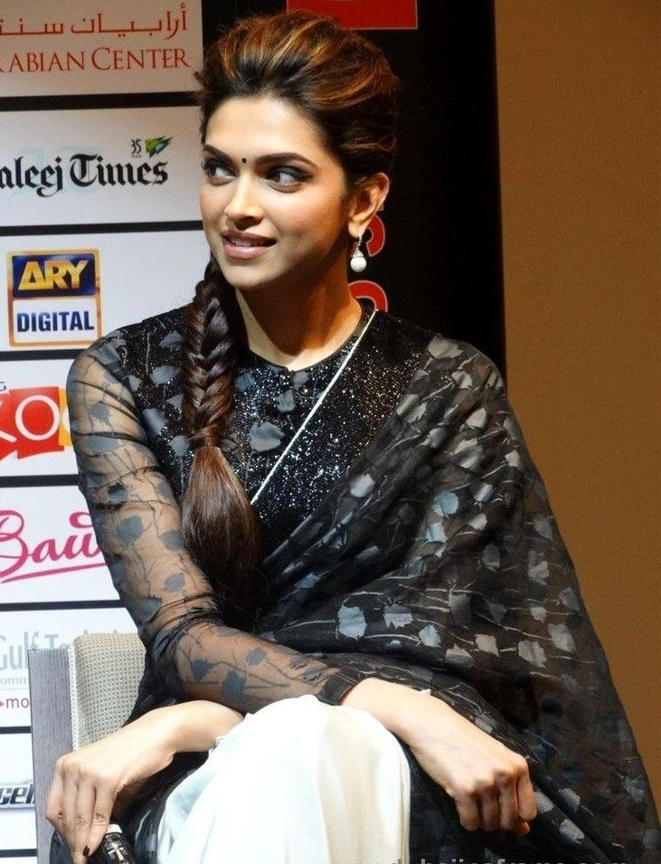 20 Cute Celebrities Inspired Hairstyles To Wear With Saree Traditional Hairstyle Deepika Padukone Hair Saree Hairstyles