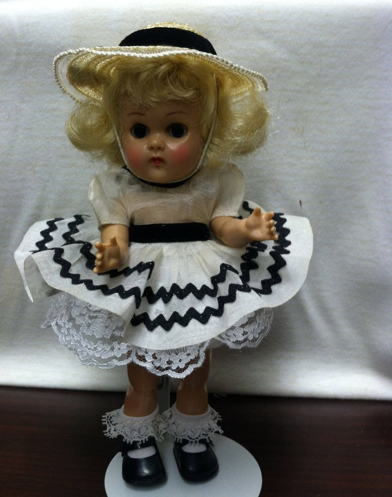 Vintage Vogue Ginny Doll BKW ML  wearing  Tagged outfit Sweet! #Dolls