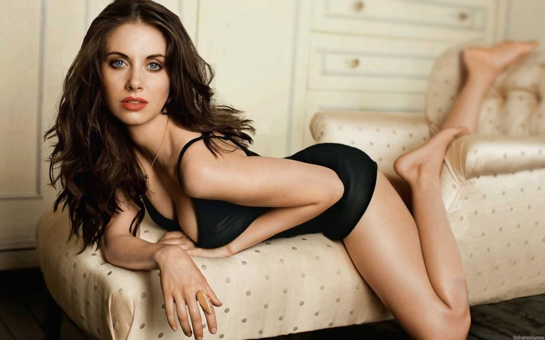 annle-sexy-hot-girls-in-dubai-webcam-nude-male